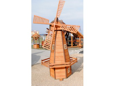 Big Dutchman windmill
