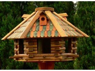 kleine hexagonale Vogelhäuschen